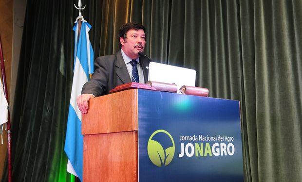 Entre los disertantes se destaca la participación de economistas, empresarios y especialistas en temas que hacen al desarrollo de la agroindustria nacional.