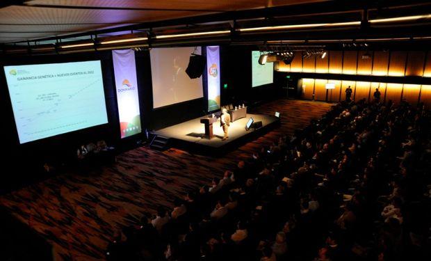 La Jornada de Actualización Técnica en Soja tuvo lugar en el Centro de Convenciones del Hotel Pullman City Center, en la ciudad de Rosario.