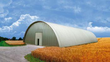 Presentan una nueva cubierta para galpones agropecuarios con más resistencia al clima