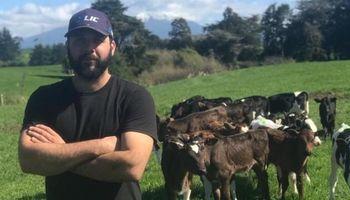 La experiencia de un formoseño que triunfa en la lechería de Nueva Zelanda