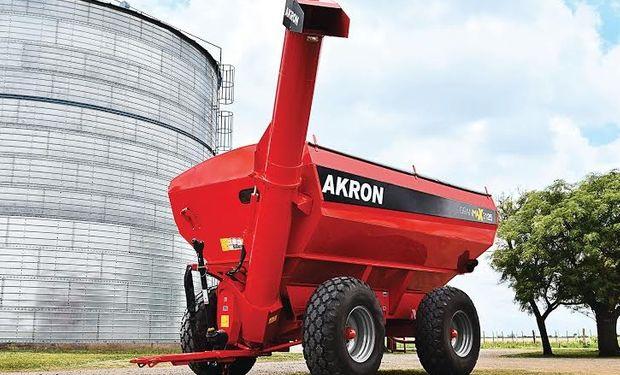 Las tolvas AKRON GranMax se distinguen por su novedoso y compacto diseño.