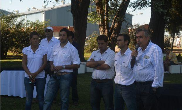 Los asistentes fueron divididos en cuatro grupos y cada uno contó con un coordinador en particular.