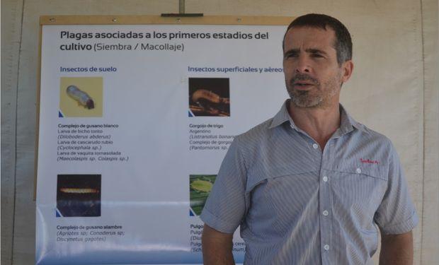 "El Ing. Agr. Javier Vázquez en la Estación ""Características e importancia técnica de la molécula Tiametoxam""."