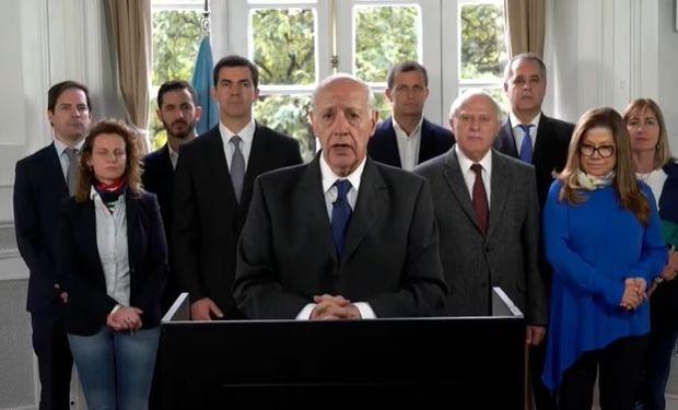 Consenso Federal, con Roberto Lavagna al frente, suspendió la campaña e invitó al resto de los candidatos a hacer lo mismo.