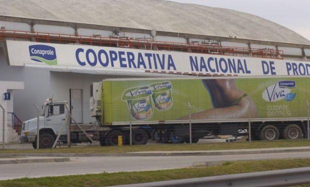 """A comienzos de 2014 las autoridades de los gobiernos uruguayo y venezolano instrumentaron el programa """"petróleo por alimentos""""."""