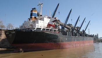 Levantan huelga en puerto de granos