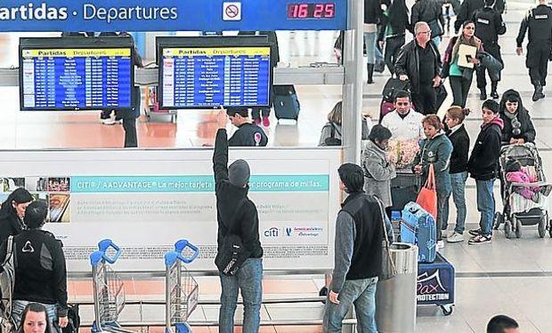 Cayó 30% el gasto de los turistas extranjeros