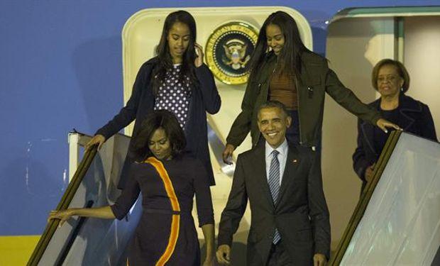 Obama llegó en el avión Air Force One a la 1:10 de la madrugada.Foto:LA NACION/Santiago Filipuzzi