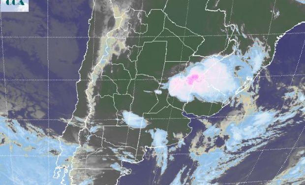 Las condiciones remanentes seguirán siendo favorables para dar continuidad al mal tiempo.