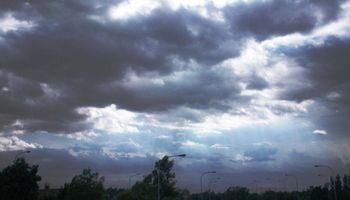 Pronóstico del tiempo: a partir de mañana regresarían las precipitaciones sobre zonas puntuales