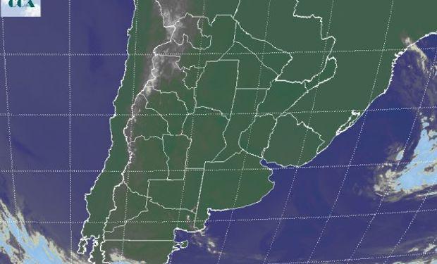 En la foto satelital se aprecia un vasto despliegue de cielos despejados.