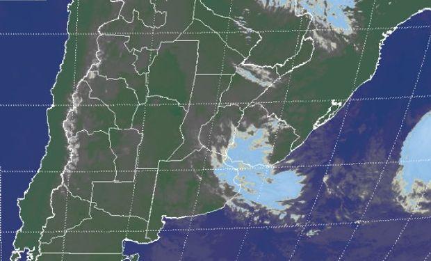 En la foto satelital se aprecian coberturas que no son de gran desarrollo tomando buena parte del este del país.