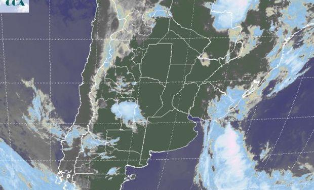 En la imagen satelital no se destaca el extendido despliegue de neblinas.