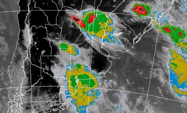 Se esperan lluvias y tormentas fuertes en regiones del centro.