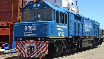 El ingreso de la primera locomotora al puerto de Timbúes tiene fecha