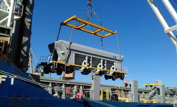 El nuevo material rodante junto a la renovación de vías que tiene proyectado el Ministerio de Transporte permitirá que la línea transporte cinco veces más carga en la próxima década.