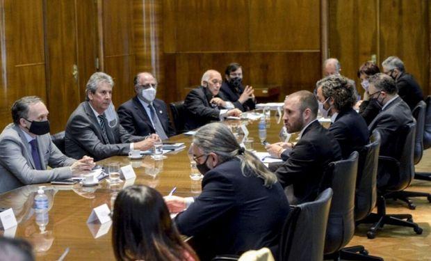 El Gobierno se reúne con el Consejo Agroindustrial para definir el proyecto de ley de incentivo a las exportaciones