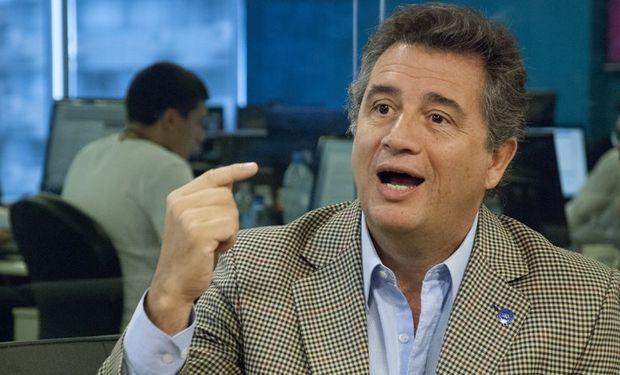 """El presidente de la Sociedad Rural, Luis Etchevehere dijo que el campo está en alerta: """"Termina la propiedad privada""""."""
