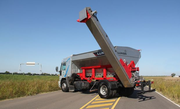 La unidad de negocios Luxion presentará el rediseño de sus productos semi remolque DG40.
