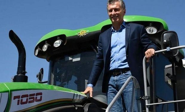 """Macri envió un mensaje a productores por la gran cosecha de maíz de la actual campaña: """"La verdad que impresionante"""", destacó."""