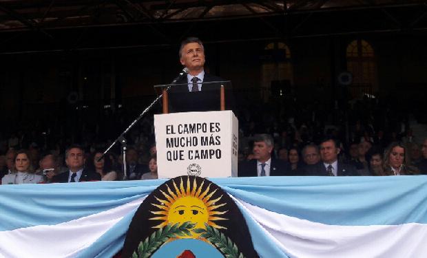 """""""Lo que hemos hecho es sacarle el pie de encima y el campo respondió con más trabajo y empleo"""", aclaró el jefe de Estado."""