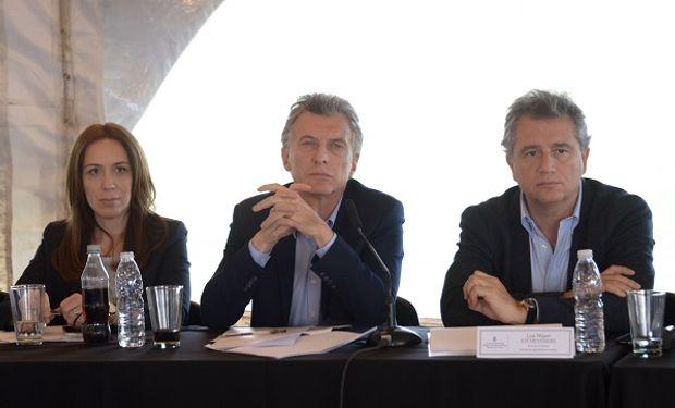 El presidente Macri junto a el secretario de Agroindustria, Etchevehere y la gobernadora bonaerense María Eugenia Vidal.