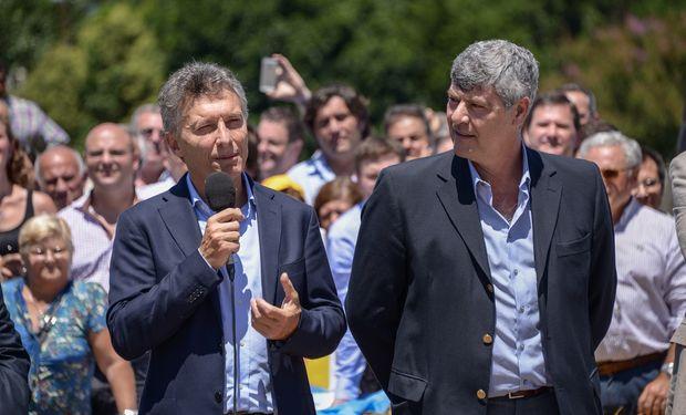 El presidente Mauricio Macri y el ministro Ricardo Buryaile durante los anuncios.