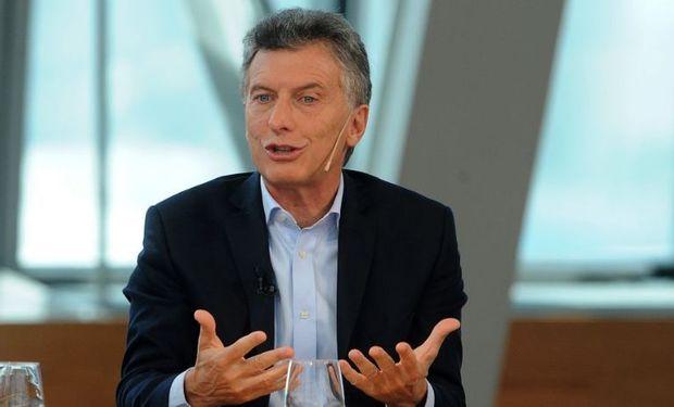 """Macri confía que """"con la suba del dólar mejorará la situación de las producciones regionales""""."""