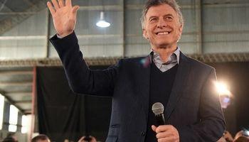 Macri promete reducir a cero las contribuciones patronales para nuevos empleados