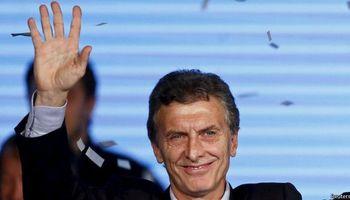 Asume Macri y abre un nuevo ciclo político tras 12 años de kirchnerismo