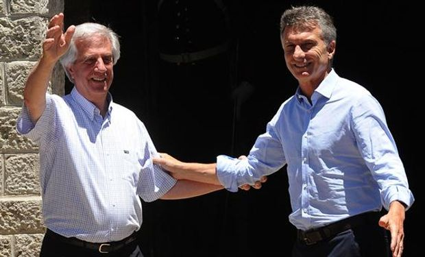 Macri y Tabaré tuvieron un breve encuentro a solas y luego comenzaron un almuerzo.