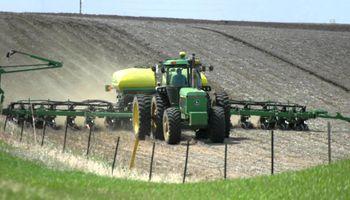 Lento arranque para la siembra de maíz en Estados Unidos