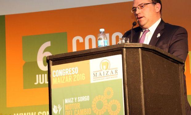 La apertura fue encabezada por el secretario de Agricultura, Ganadería y Pesca, Ricardo Negri, quien rememoró la eliminación de las retenciones como primera acción de gobierno hacia el sector.