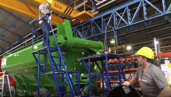Kicillof anunció créditos blandos para la compra de maquinaria agrícola