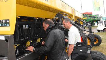 Maquinaria agrícola: se reanudan las entregas para el mercado interno y la exportación