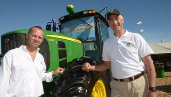 John Deere anuncia la producción de su línea de tractores 6J en el país