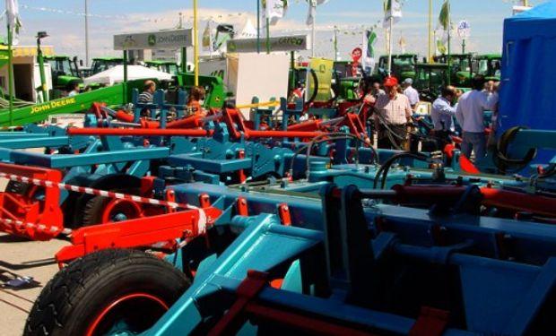 ¿Cuál es la función de la Dirección Nacional de Maquinaria Agroindustrial?