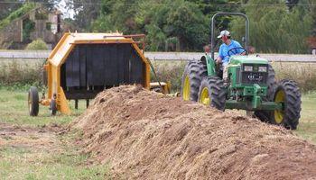 Innovación en maquinaria agrícola: desarrollo del INTA para remover compost