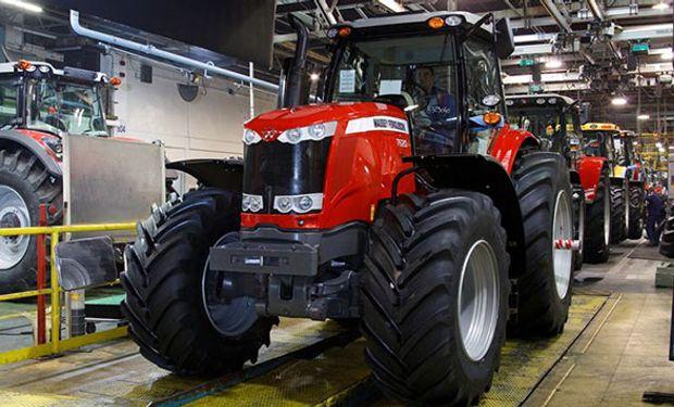 El Ministerio de Producción reúne a la industria de la maquinaria agrícola.