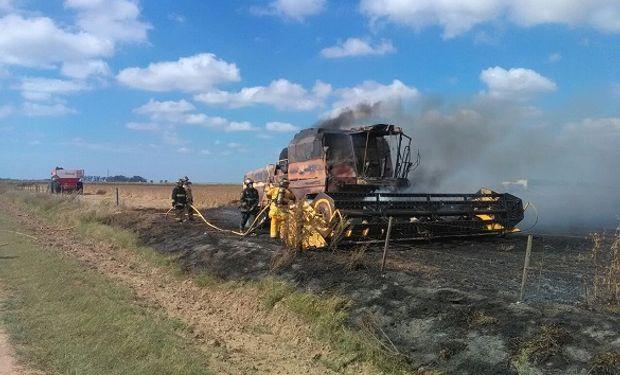 El 75% de los casos, el fuego comienza en el motor de la cosechadora.