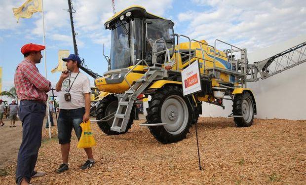 Agroindustria avanza en una ley para el sector.