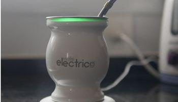 """Argentinos desarrollan un """"mate eléctrico"""" que mantiene caliente el agua"""