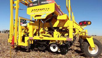 Ascanelli presentó nuevos planes de financiación