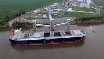 Habilitan tres puertos para la comercialización de granos en el Río Paraná y Coronda