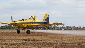 Buenos Aires: media sanción a un proyecto para regular la aplicación de agroquímicos