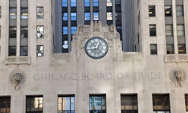 Bajas para soja, maíz y trigo en Chicago.