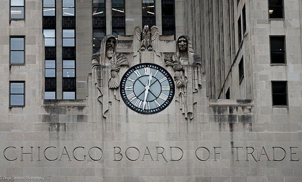 El mercado espera el Reporte de Stocks trimestrales de USDA.