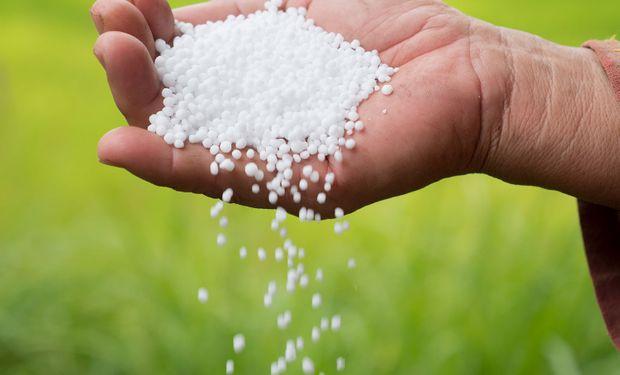 Fertilizantes: qué pasa en el mercado internacional y cómo se encuentra la relación de canje para soja, trigo y maíz