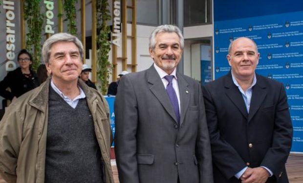 La presentación contó con la presencia de Amadeo Nicora –presidente del INTA–, Aldo Ferrari –director de Mercolactea– y Jorge Villar –director del INTA Rafaela–.