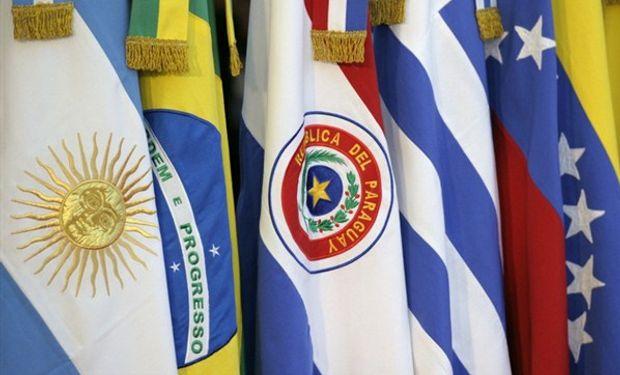 La primera piedra la lanzó Brasil, le siguió Uruguay y luego Paraguay.